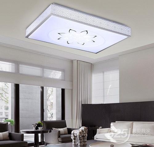不同区域应该安装不同形状的灯具